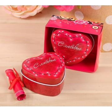 Подарочная коробка с запиской-пожеланием