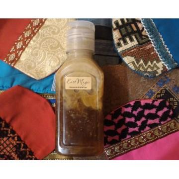 Любовный эликсир-эмульсия принятия чувственных ванн и женской гигиены с амброй, амарантом и примулой